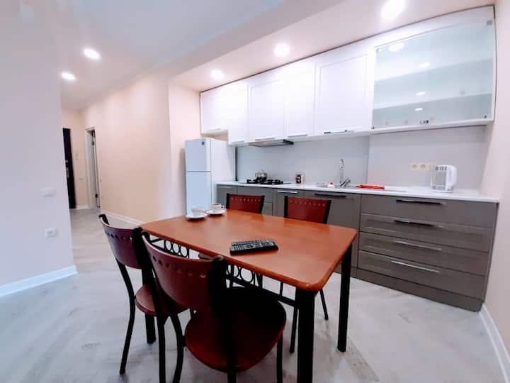 3 Апартаменты в центре Батуми, 2 спальни +гостиная