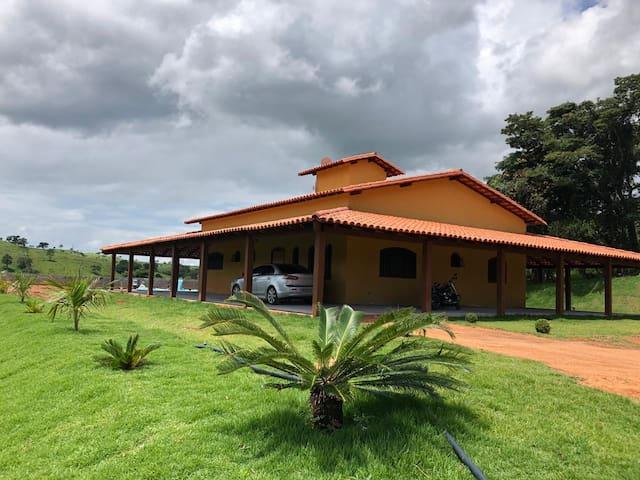 Casa de campo à 3km de Capitólio