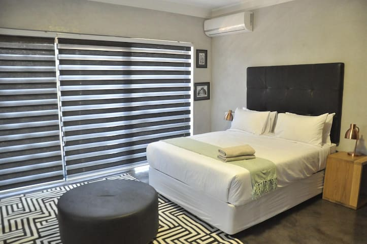 Anisa Guesthouse Room 2
