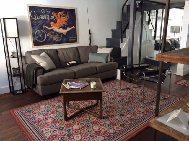 New rug sofa and chair