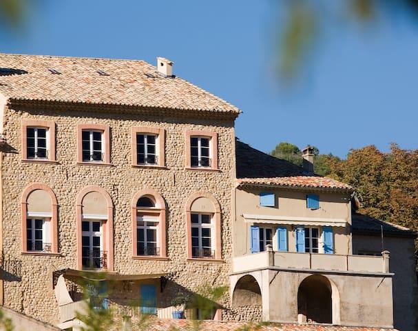 La Grande Maison en Haute Provence