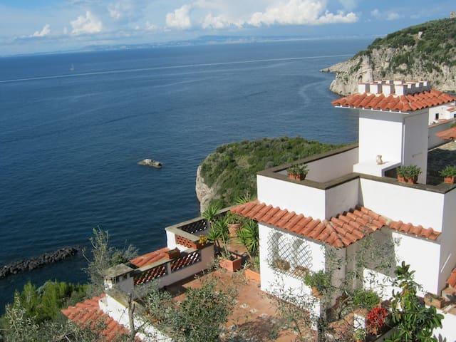 Villa Dafne apartments (apt Aranci) - Riviera di Marcigliano - Huis