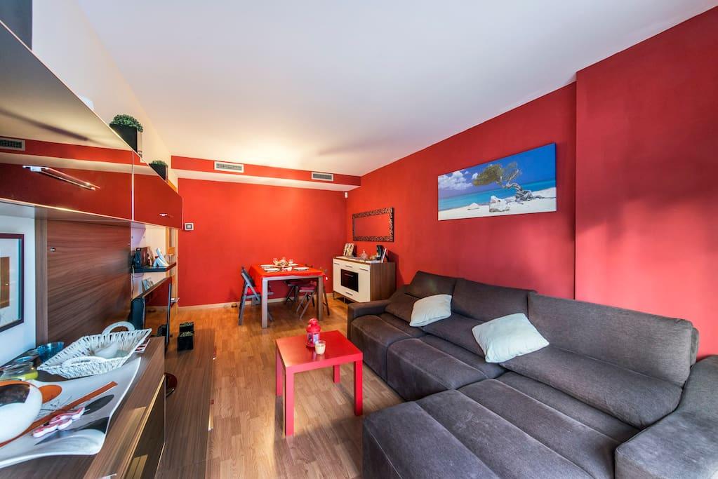 Modern and energetic Living Room