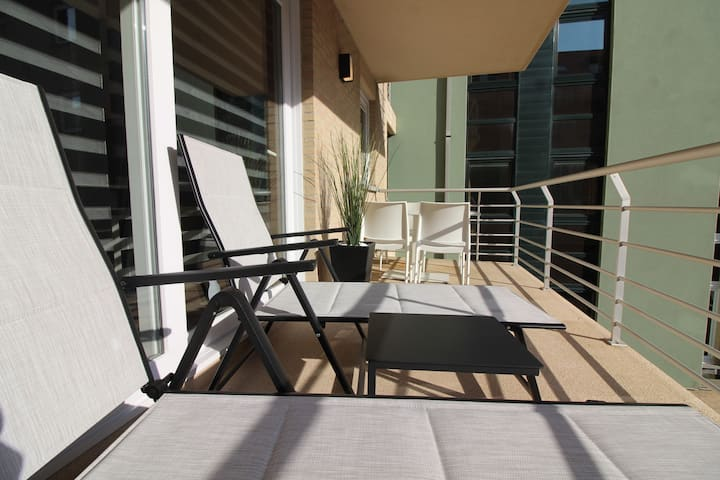 Large terrace I luxury apartment I 4 guests