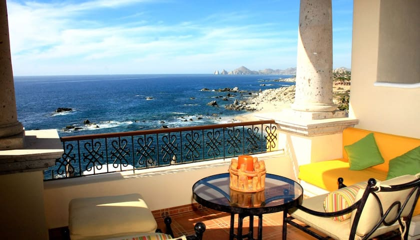 SUPER OCEAN VIEW STUDIOS IN CABO SAN LUCAS