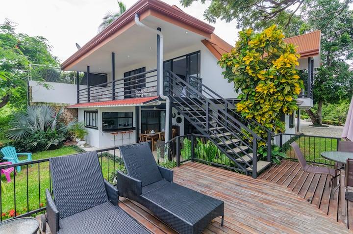 Casa Carrillo- Villa Overlooking Playa Carrillo