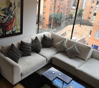 BOGOTÁ COZY ROOM-BEST LOCATION - 보고타(Bogota) - 아파트