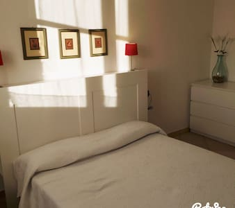 Child friendly two Bed room flat - Biandronno - 公寓