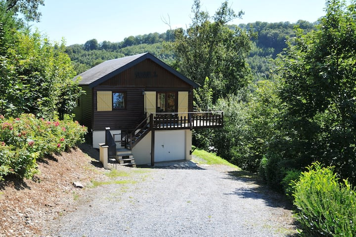 Peaceful Holiday Home in La Roche with Sauna