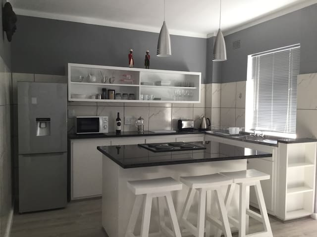City Centre Apartment at the top of Long Street. - Cape Town - Apartment
