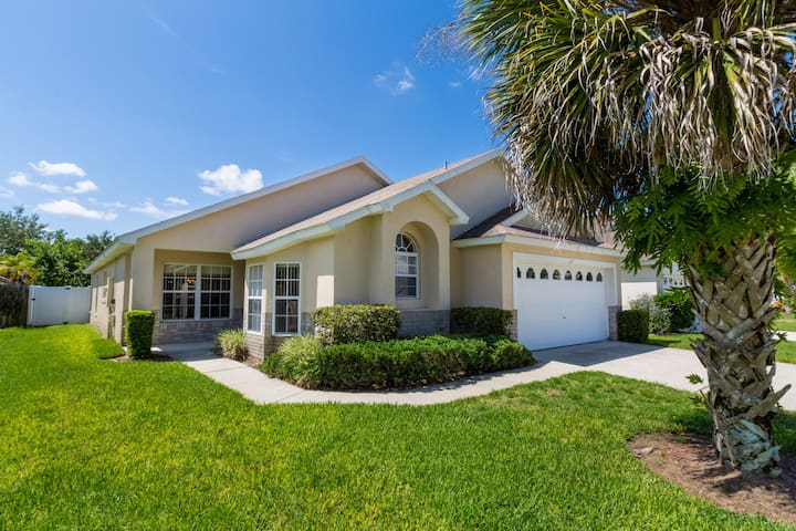 Pool Home 5 minutes from Disney - Kissimmee - Villa
