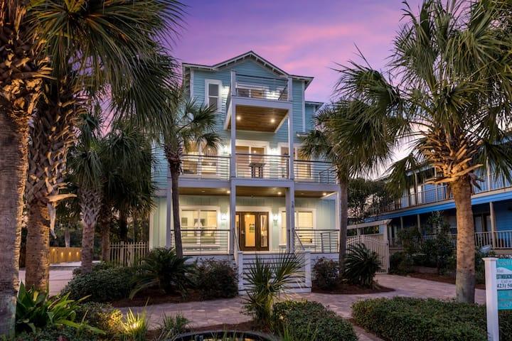 Custom Beach home w private pool & carriage house