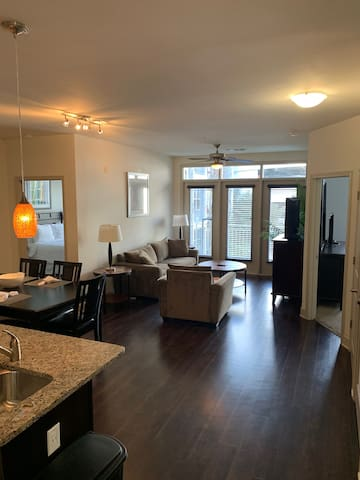 2 bedroom apartment in the heart of Brookhaven