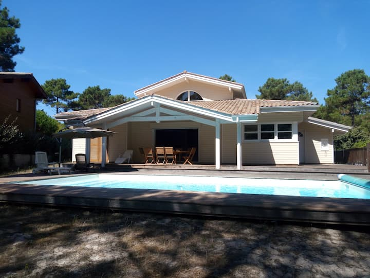 Villa de vacances avec piscine