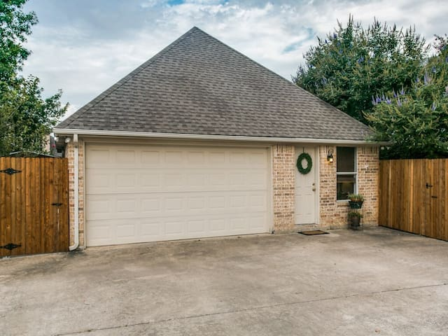 Beautiful Guest Home in Middle of DFW Metroplex - Hurst