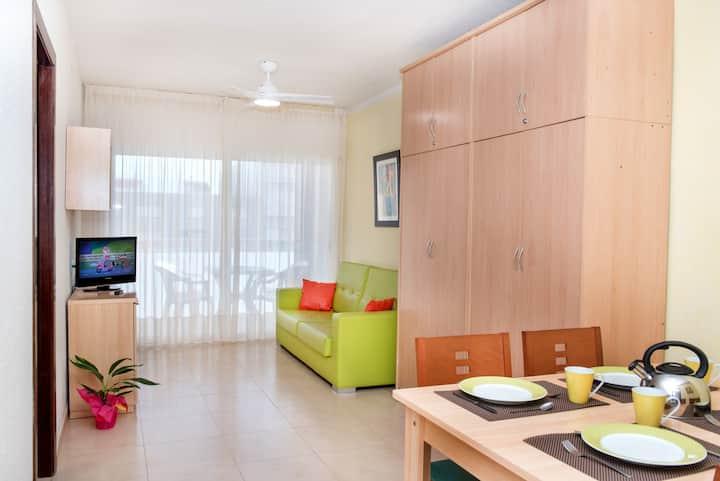 Apartamento para largas estancias ideal familias con niños Complejo con piscina y zona infantil