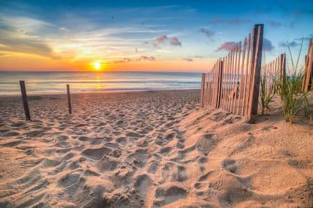 ♡ OBX 2 Bedroom Near Beaches Restaurants & Shops ♡