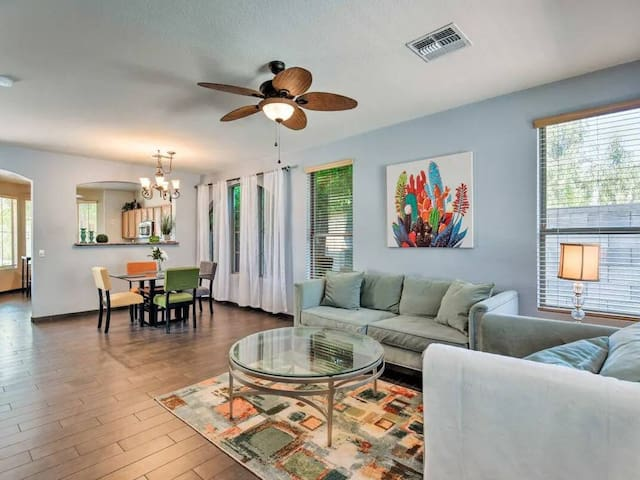 Charming Gilbert Oasis with Private Pool!