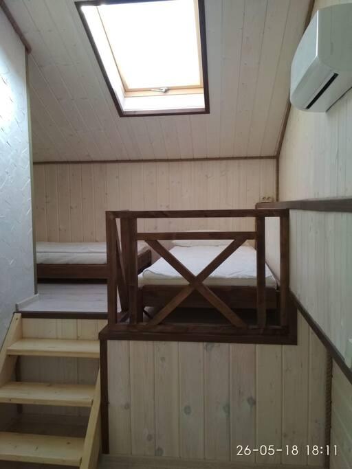2-ой уровень апартаментов - 2 спальных места