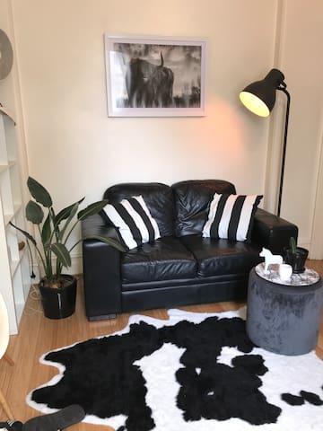 Sdudio apartment in Surry Hills (share Bathroom)