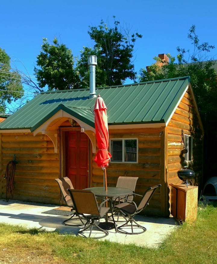 Cozy Cabin in Red Lodge