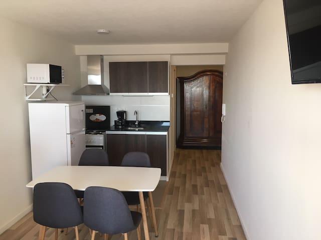 Apartamento nuevo en Pocitos con garage