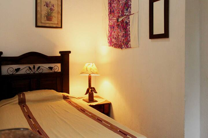 Room 2, 1 bed