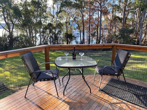 Surges Bay waterfront chalet