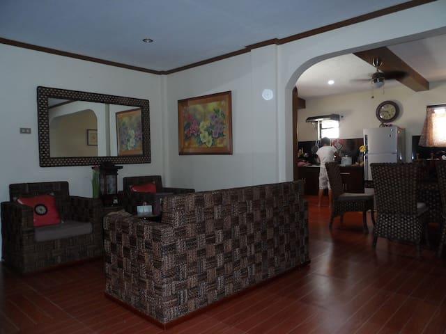 Bicol hideaway. Nabua, Cam Sur. See Mt Mayon!