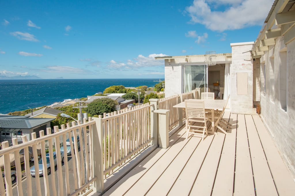 Seaview Penthouse In Paradise Day Zero Ready Flats For