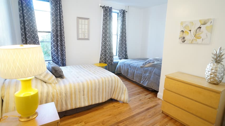 Star Suite in beautiful, modern townhouse - Bronx - Adosado