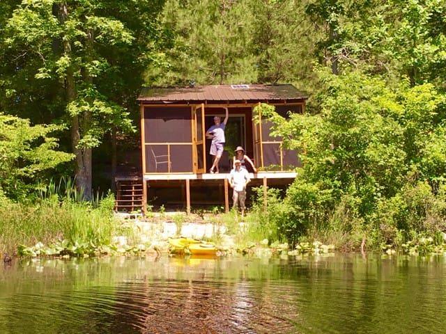 Lake Front Cabin Serenity