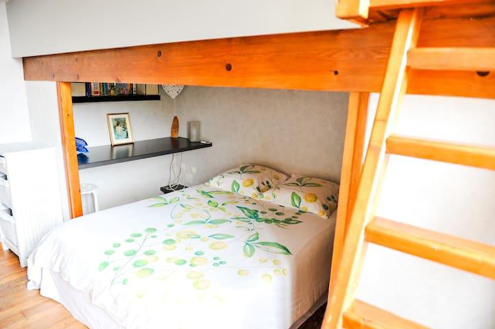 Chambre - Lit 140 cm et Mezzanine - lit 120 cm