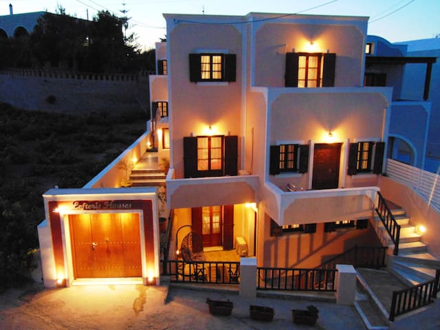 lefteris houses