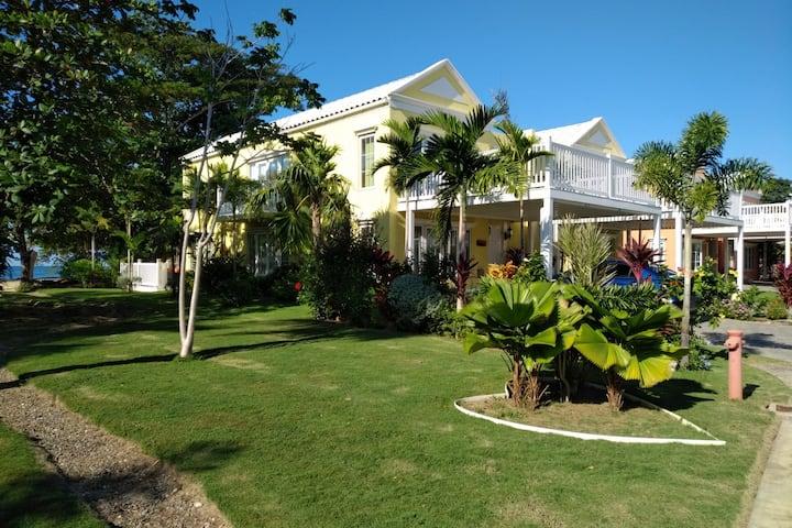 Villa Sweet J Negril-Run on Island Time!