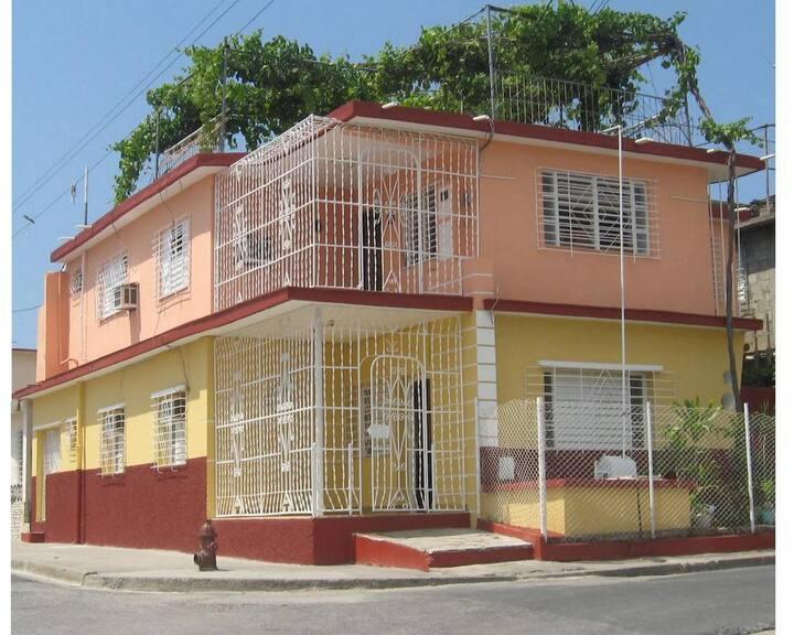 Adria y Miguel : Santa Barbara 3
