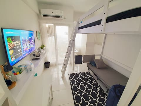Spacious Studio Apt in CBD Bintaro