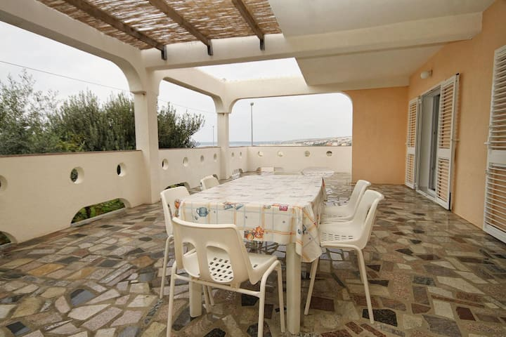 Two bedroom apartment with terrace and sea view Kustići, Pag (A-6287-e)