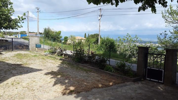 Maison  avec vue sur la vallee du Rhône / 6 pers