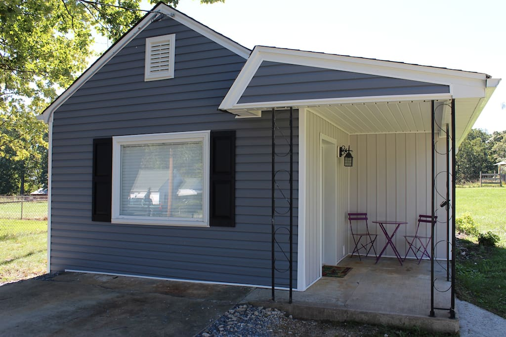 The Tiny House Studio Guesthouse For Rent In Lynchburg