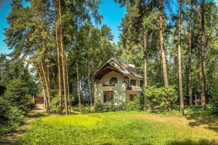 Загородный дом на НОВОЙ РИГЕ-Павлово - Moscow Oblast - Haus
