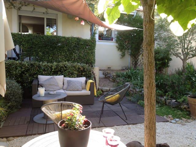 villa de 3 chambres avec jardin arboré