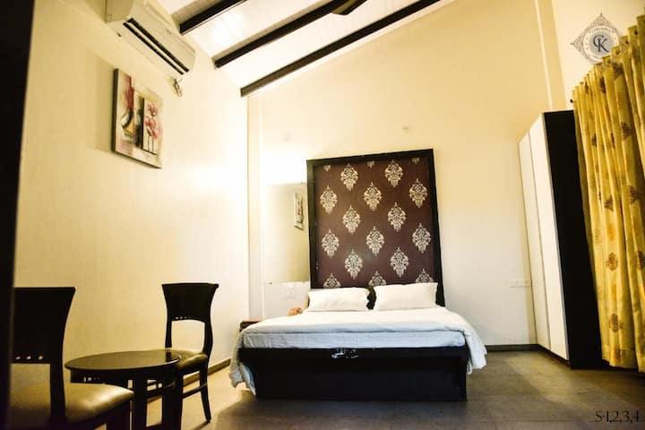Deluxe Room @ Nashik Trimbakashwar Road
