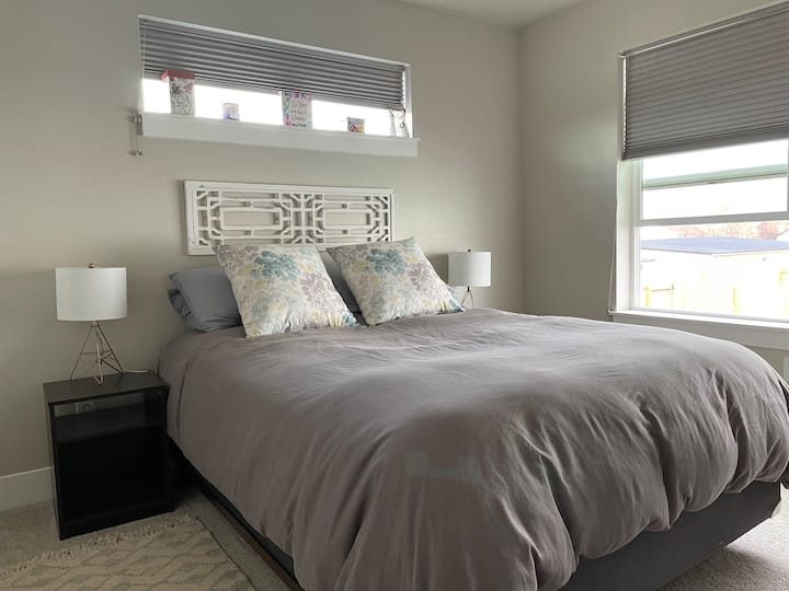 Newly Built Home- Close to Airport and Interstate