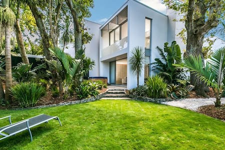 Herne Bay luxury townhouse - double bedroom - Auckland - Dom