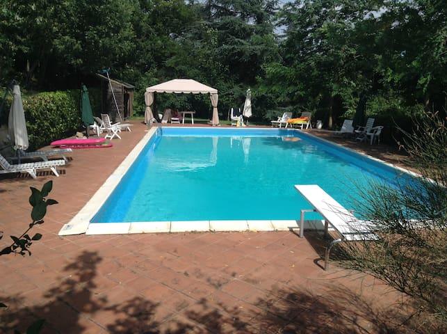 """Casale dei Conti - Appartamento """"I Calanchi"""" - Castel San Pietro Terme - Apartamento"""