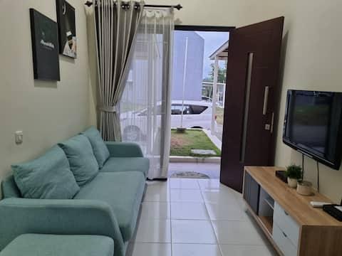 Rumah 2 kamar, nyaman untuk liburan keluarga kecil