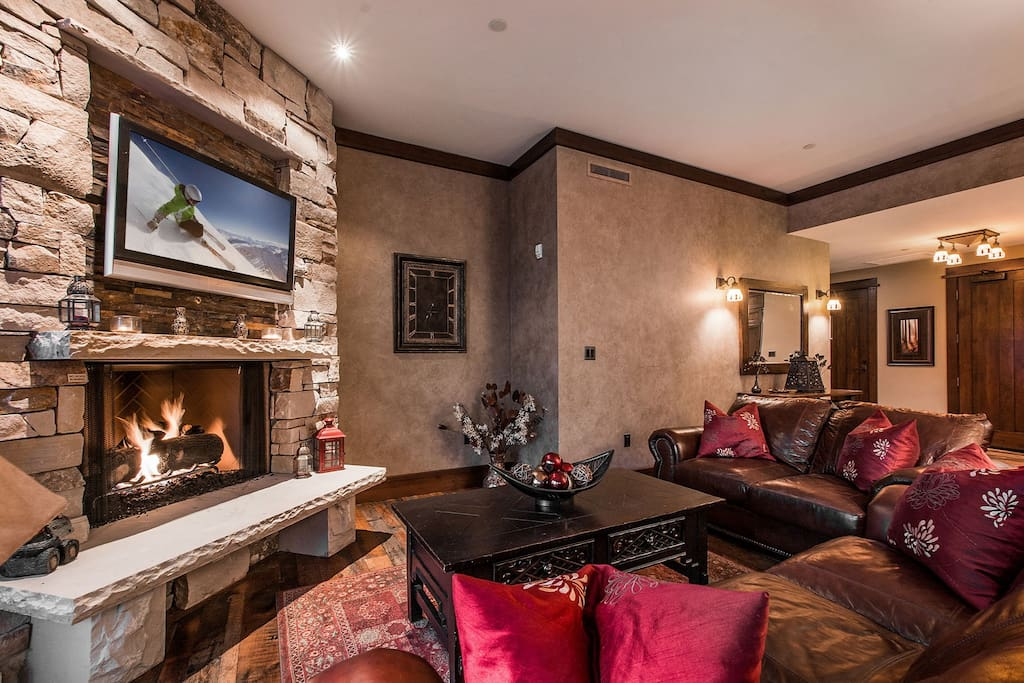 Custom Stone Fireplace and Flat Screen TV in Great Room