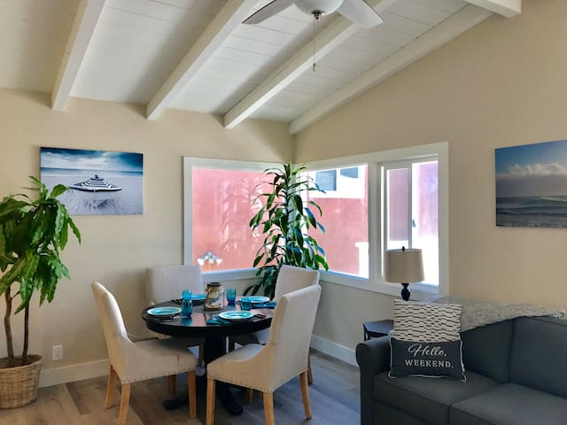 SEVEN HOUSES TO SAND! NEWLY REMODELED BEACH HOUSE!