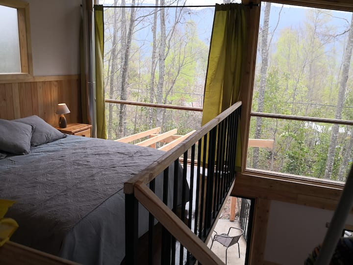Loft Canelo - with exclusive hot tub, near hot springs and lake
